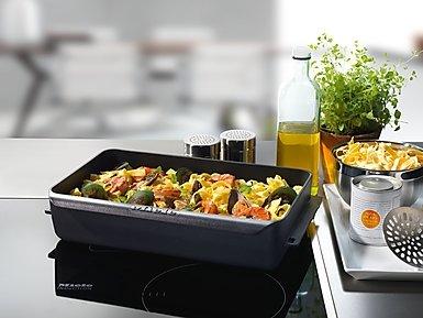 Gourmet pekač za indukciju HUB 62-22